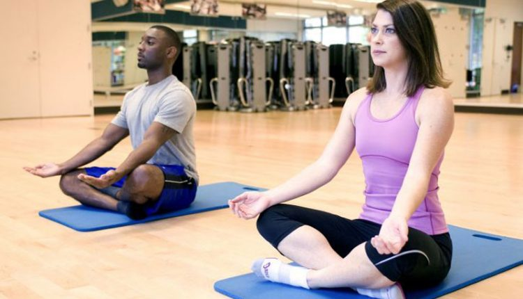 Ernia-del-Disco-Esercizi-Yoga